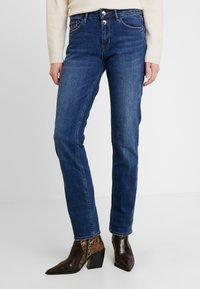 s.Oliver - SMART STRAIGHT - Jeans straight leg - blue - 0