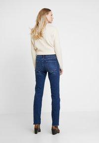 s.Oliver - SMART STRAIGHT - Jeans straight leg - blue - 2