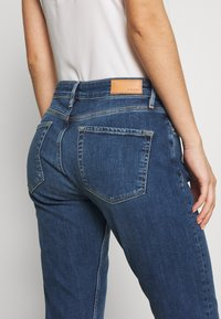 s.Oliver - HOSE LANG - Jeans straight leg - blue denim - 5