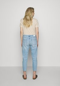 s.Oliver - Jeans Relaxed Fit - blue denim - 2