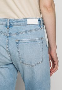 s.Oliver - Jeans Relaxed Fit - blue denim - 5