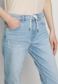 s.Oliver - Jeans Relaxed Fit - blue denim - 3