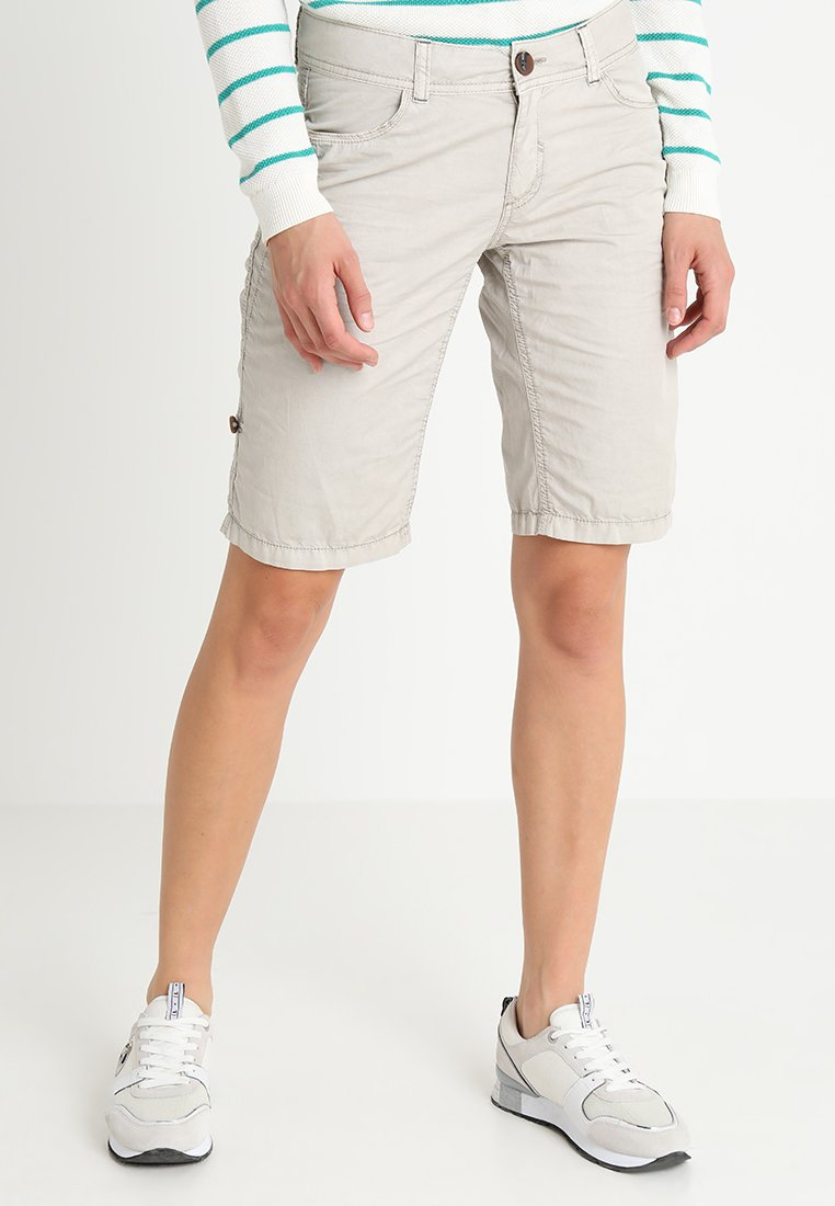 s.Oliver - Shorts - sand shell