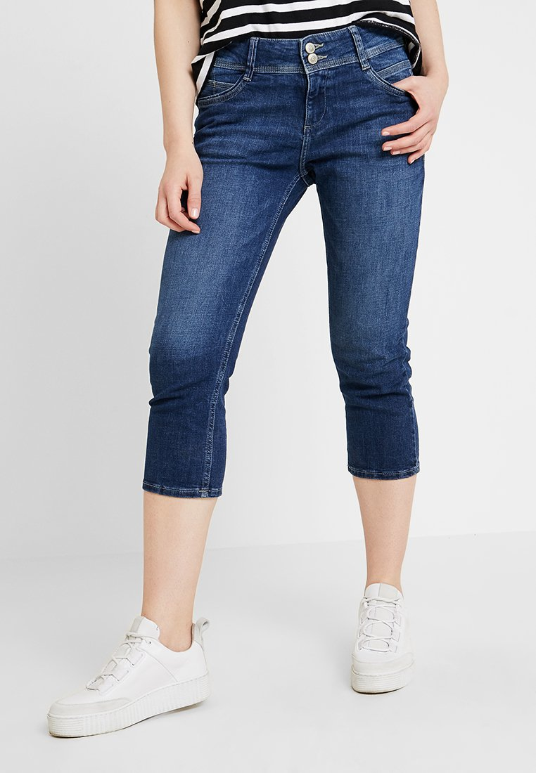 s.Oliver - SHAPE CAPRI - Shorts - blue stone washed