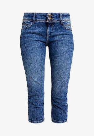 SHAPE CAPRI - Shorts - middle blue denim