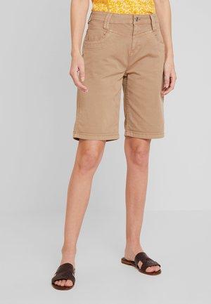 KURZ - Shorts - sand