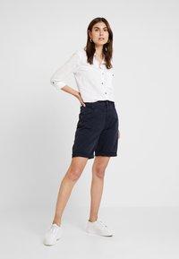 s.Oliver - KURZ - Shorts - navy - 1