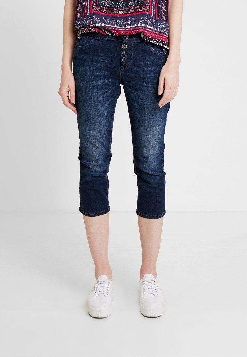 s.Oliver - SHAPE CAPRI - Slim fit jeans - blue denim