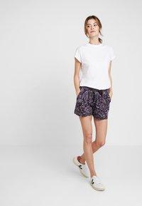 s.Oliver - Shorts - navy - 1