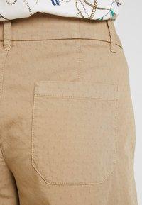 s.Oliver - Shorts - sand - 3