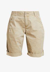 s.Oliver - Shorts - beige - 3