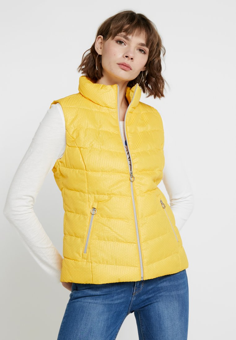 s.Oliver - OUTDOOR - Vesta - pure yellow