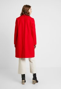 s.Oliver - Classic coat - scarlet - 2