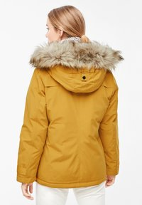 s.Oliver - MIT FAKE FUR-DETAIL - Light jacket - dark yellow - 2