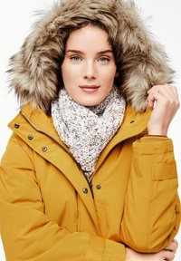 s.Oliver - MIT FAKE FUR-DETAIL - Light jacket - dark yellow - 6