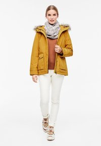 s.Oliver - MIT FAKE FUR-DETAIL - Light jacket - dark yellow - 1