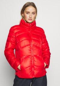s.Oliver - Zimní bunda - red - 0