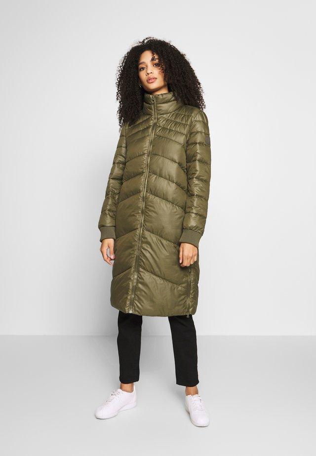LANGARM - Zimní kabát - moss olive