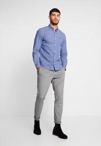s.Oliver - SLIM FIT  - Skjorta - brillant blue - 1