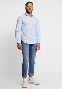 s.Oliver - SLIM FIT - Camisa - holiday blue - 1