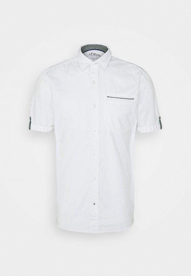 KURZARM - Overhemd - white