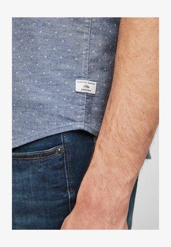 Shirt - dark blue dots