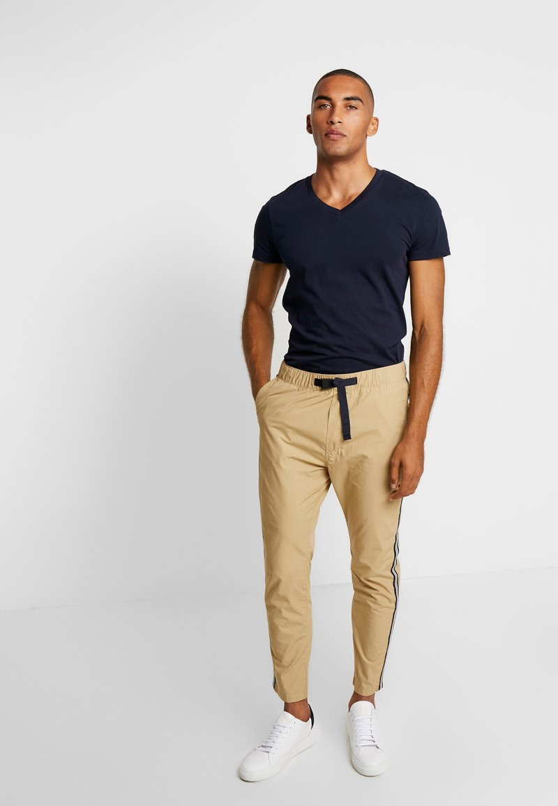 s.Oliver - Trousers - daylight beige