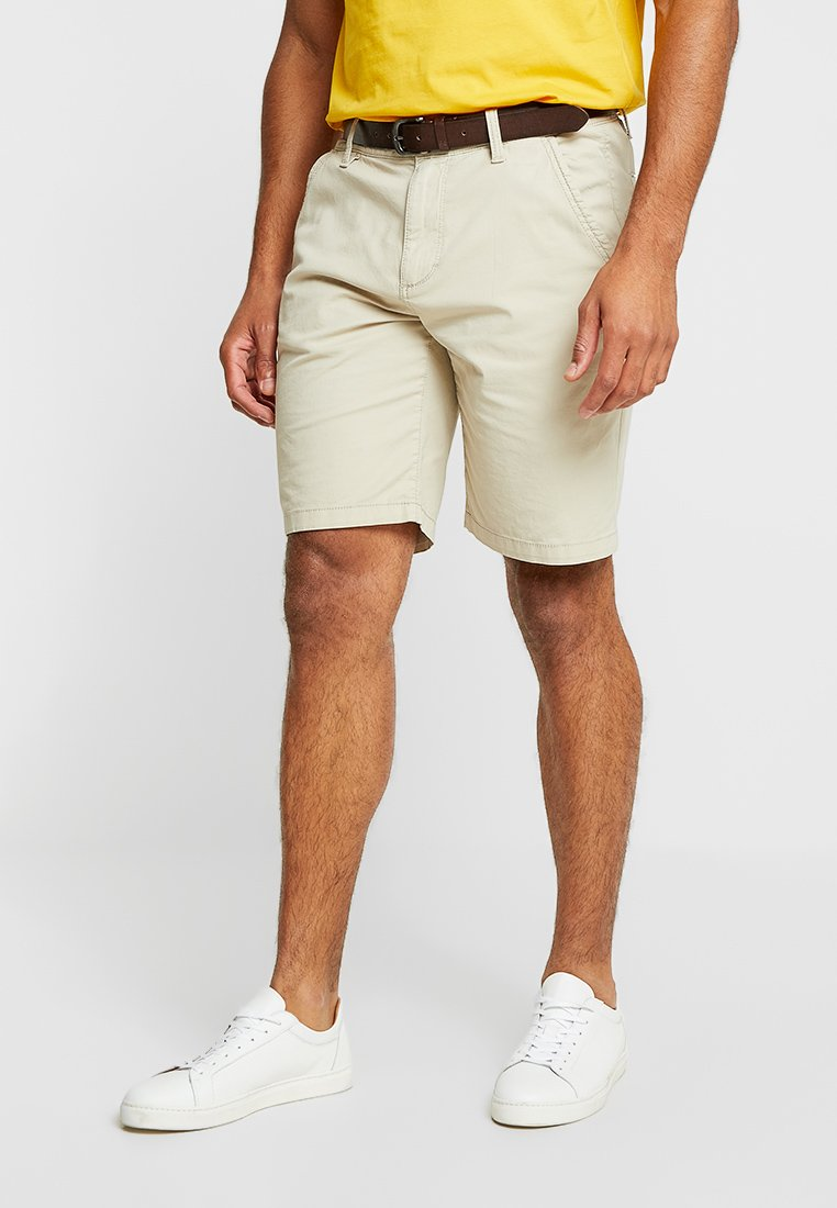 s.Oliver - LOOSE - Shorts - stained oak