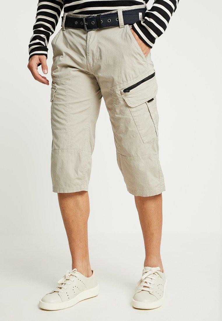s.Oliver - HOSE - Shorts - beige