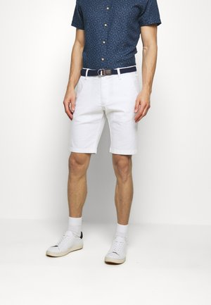 BERMUDA WITH BELT - Shorts - white