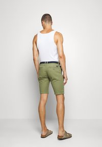 s.Oliver - BERMUDA WITH BELT - Shorts - army green - 2