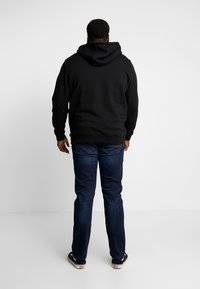 s.Oliver - Relaxed fit jeans - blue denim - 2
