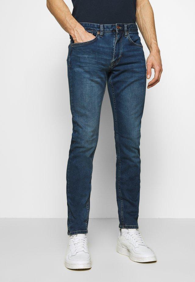 HOSE LANG - Slim fit jeans - blue
