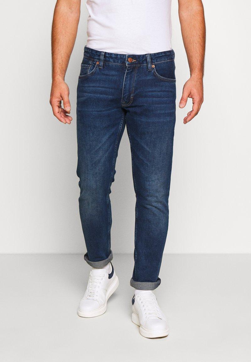 s.Oliver - HOSE LANG - Slim fit jeans - blue denim