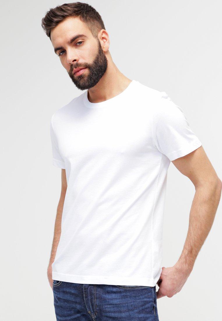 s.Oliver - 2 PACK - T-shirts - white