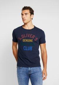 s.Oliver - KURZARM - T-shirt z nadrukiem - fresh ink - 0