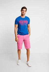 s.Oliver - KURZARM 2 PACK - Camiseta estampada - royal blue - 0