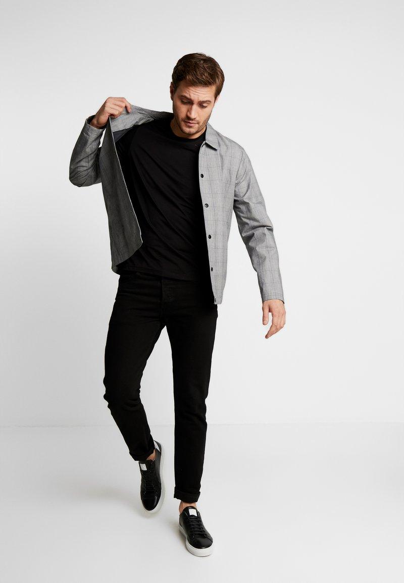 s.Oliver - KURZARM 2 PACK - Camiseta estampada - black