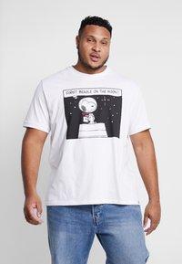 s.Oliver - Camiseta estampada - white - 0
