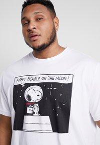 s.Oliver - Camiseta estampada - white - 4