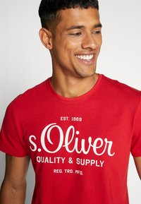 s.Oliver - T-shirt print - marker red - 3