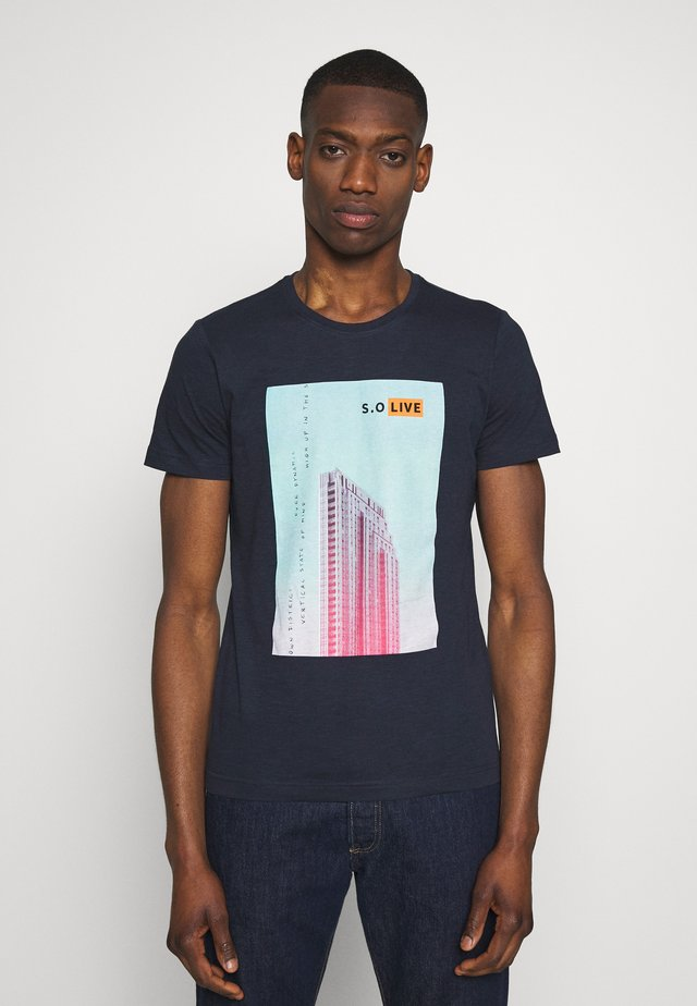 T-SHIRT KURZARM - T-shirt z nadrukiem - medieval