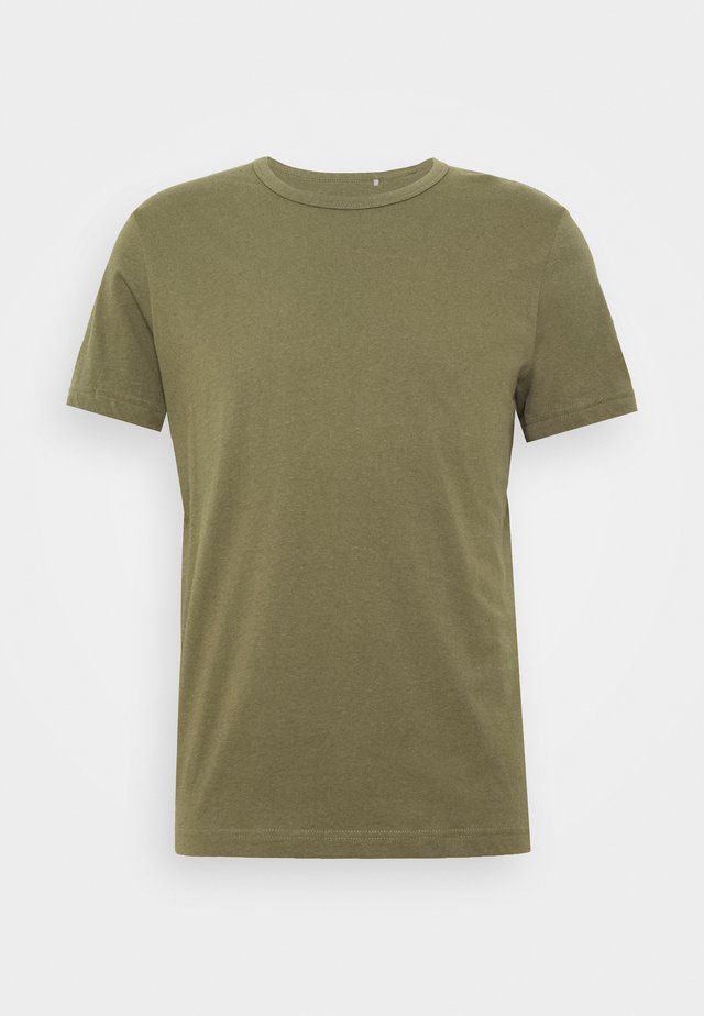 4 PACK - T-shirts - green