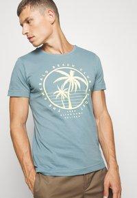 s.Oliver - T-shirt print - frosty blu - 5