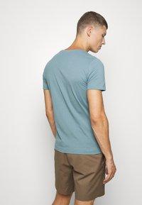 s.Oliver - T-shirt print - frosty blu - 2