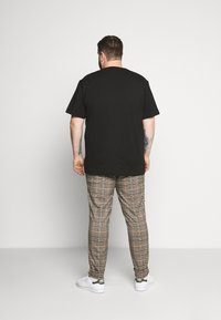 s.Oliver - KURZARM - Print T-shirt - black - 2