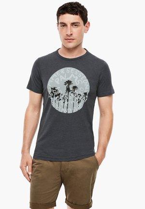 MIT FRONTPRINT - Print T-shirt - dark grey