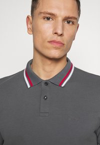 s.Oliver - KURZARM - Polo shirt - smoke grey - 3