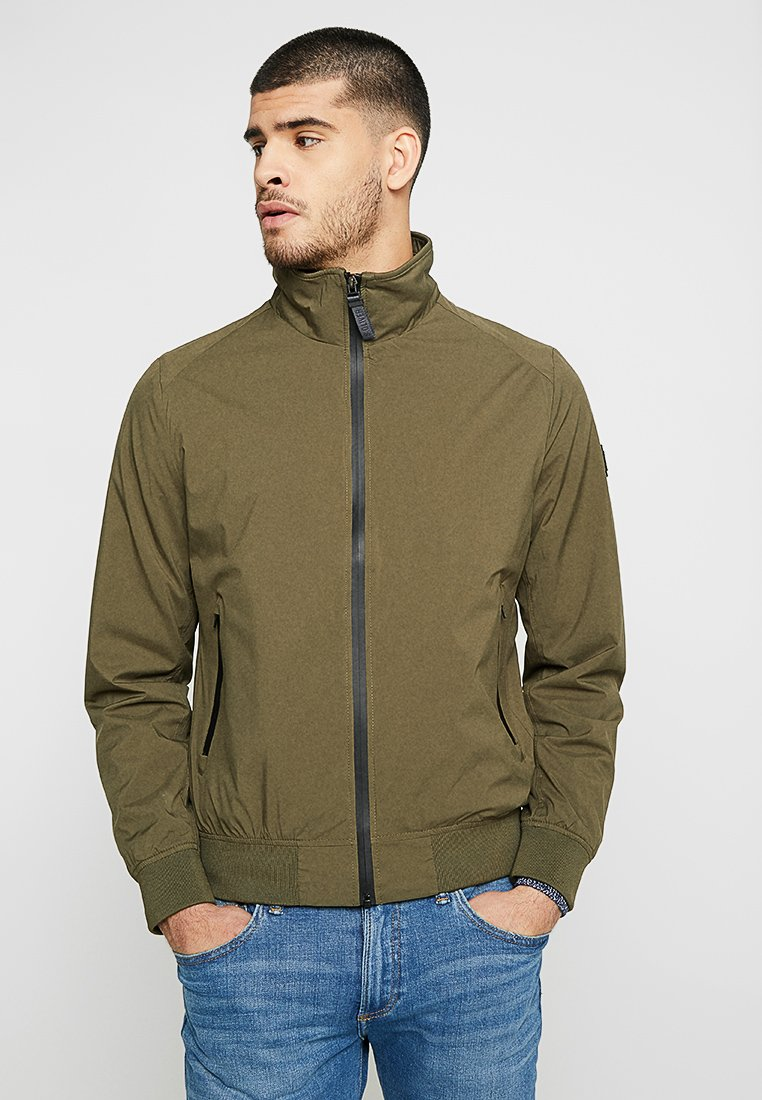 s.Oliver - OUTDOOR - Bomberjacke - olive disguise