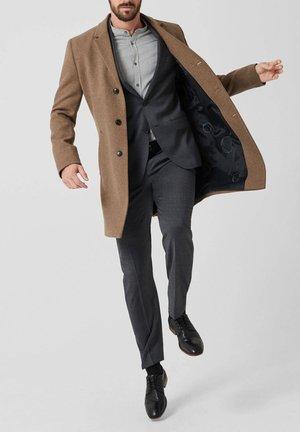 RED LABEL  - Short coat - beige